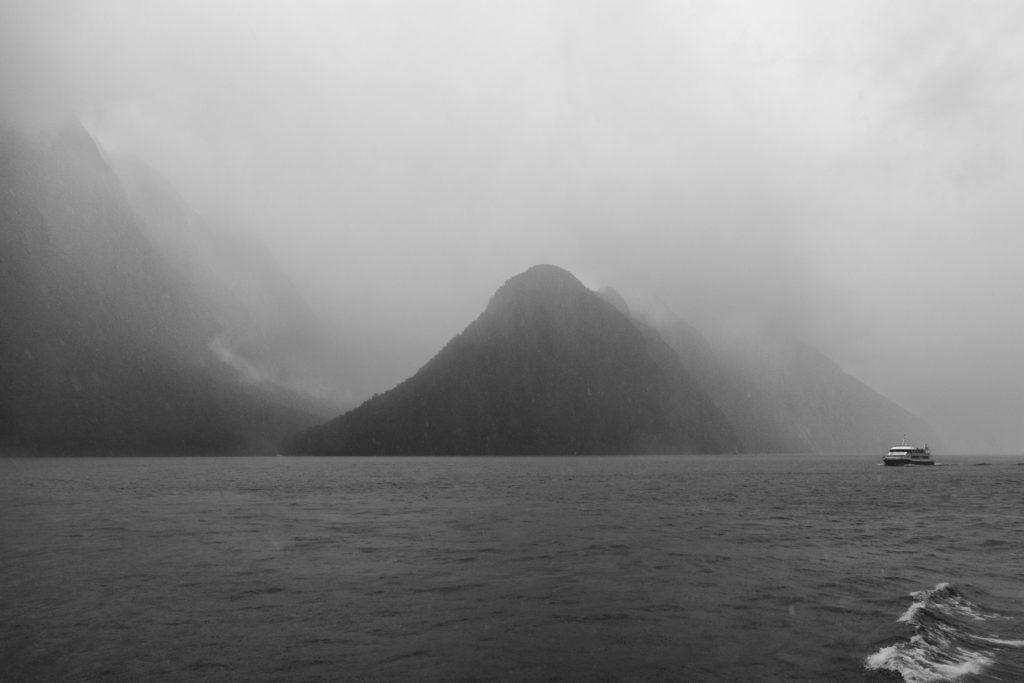 Milford Sound nella tempesta